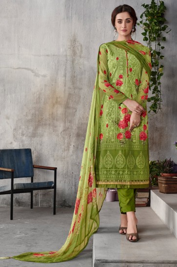 Party Wear Green Embroidered Salwar Suit With Chiffon Dupatta