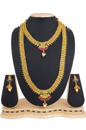 Admirable Golden Alloy Necklace Set