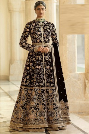Lace Work And Beads Work Black Velvet Fabric Abaya Style Anarkali Suit And Dupatta