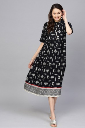 Beautiful Black Cotton Printed Office Wear Kurti