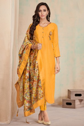 Charming Yellow Digital Print Cotton Casual Salwar Kameez With Maslin Dupatta