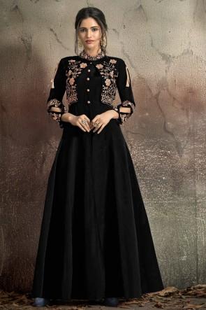 Lovely Tapeta Embroidered Black Designer Gown